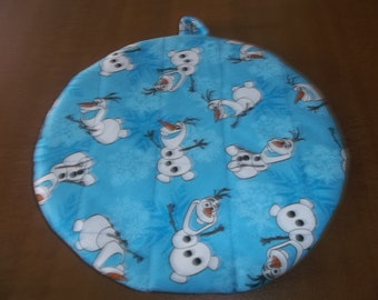 Disney Frozen Character Olaf Hot Pad or Pot Holder Quilted Cotton Fabric Double Insulated Trivet 9 Inches