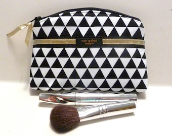 Black White Triangle Bridesmaid Gift Makeup Bag/Zippered Pouch Padded Flat Bottom Round Top
