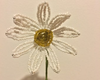 Vintage Beaded White and Yellow Daisy Flower