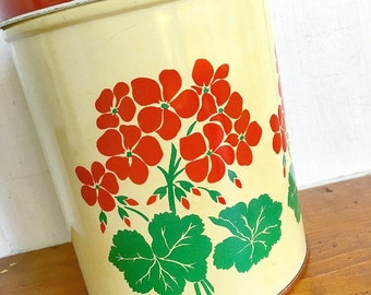 Rin Tin Tin ... Vintage Geranium Tin Canister With Lid National Can Corp, New York Kitchenware Storage Organization