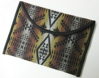 "13"" MacBook Pro Laptop Cover Sleeve Case Tribal Inspired Virgin Wool Native American Print"