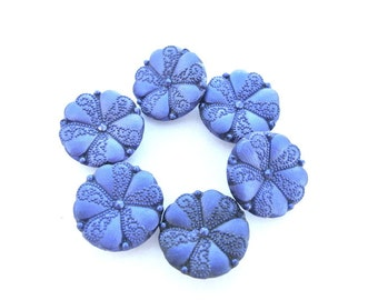 6 Vintage flowers buttons  unique blue, 23mm
