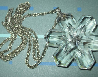 Vintage FAB Faceted Crystal Star Pendant Medallion Necklace