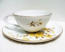 Lovely Vintage Sango Rambler Rose Tea Cup and Saucer