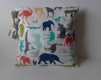 Wet Bag, Wet Dry Bag, Cloth Diaper Bag, Swimsuit Bag, diaper keeper, Gym bag - New Zoo Animal