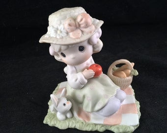 Vintage Spring Celebration Precious Moments We're So Happy You're Here Little Girl Figurine