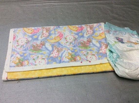 grab go diaper changing pad. Black Bedroom Furniture Sets. Home Design Ideas