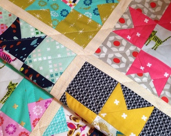 Quilted Table Runner Cotton and Steel Runner Star Table Runner Quilted Table Mat Patchwork Table Mat Table Topper Cheery Table Mat
