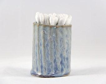 Lynnie Tiny Vase
