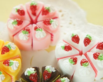 12 pcs Strawberry Short Cake Cabochon (13mm15mm) CD678