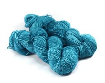 Shining Sea - Letter - Turquoise Tonal Yarn - Turquoise Semi Solid Yarn - 100% Merino Wool, 400 yards/100 g