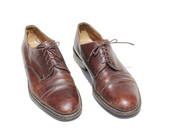 Vintage Men's Italian Oxfords Shoes / Brown Leather Wingtips Shoes / size 13 M