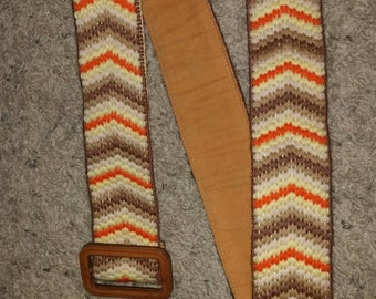 Vintage Cross Stitch belt chevron design