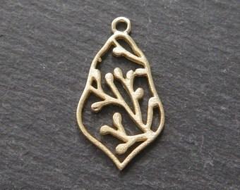Gold Vermeil Moroccan Bud Pendant 22mm (CG8691)