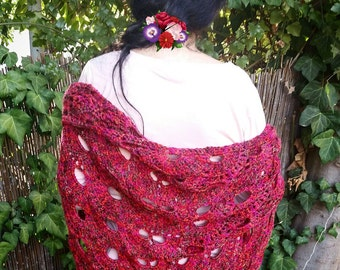 Triangle shawl in reddish-brown colors - wool and acrylic