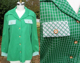 1970s Vintage Green Plaid Button Up Blouse with Two Tone White Stripes Pocket Flaps Brown Buttons Wide Lapel and Cuffs Size Large