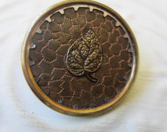 Vintage Buttons - 1 Collector molded brass large Victorian LEAF design, (sept 29b)