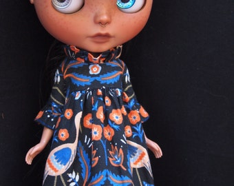 Ruffle Sleeve dress for Blythe