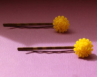 Yellow Flower Bobby Pins - Acrylic Floral Cabochon Hair Pins