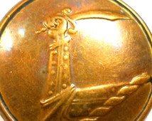 """1800s Livery BUTTON, Knights arm holding sword, brass button 1"""". Made in Dublin."""