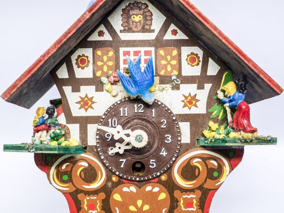 Tiny colorful cuckoo clock - Colorful cuckoo clock ...