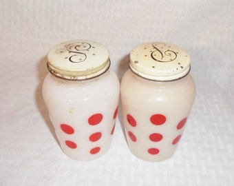 40s 50s Vintage Anchor Hocking Salt and Pepper Shakers Red Polka Dots