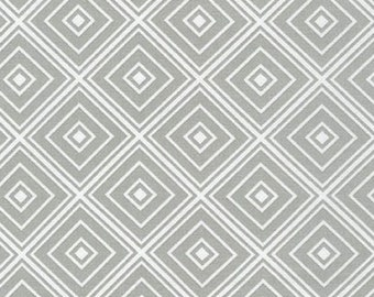 One (1) Yard- Metro Living Diamond Robert Kaufman Fabrics SRK-15082-186 Silver Gray