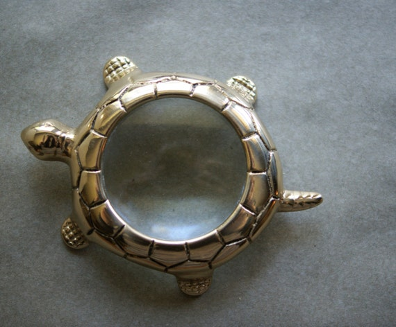 Vintage Turtle Magnifying Glass Magnifier Paperweight Office