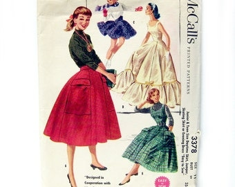 1950s Vintage Sewing Pattern - Full Skirt with Large Pocket / Evening Gown/ Wedding Dress / Skating Skirt- McCall's 3378 - 29 Waist