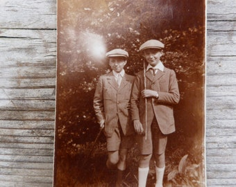 Vintage 1920/20s French sepia photography boys with cap
