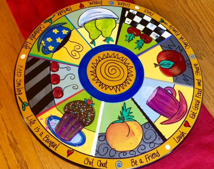 Painted Lazy Susan // Kitchen themed Lazy Susan