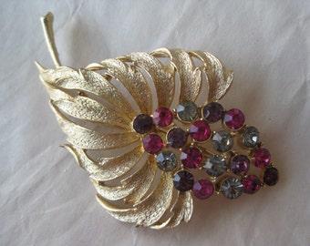 Pink Purple Flower Brooch Rhinestone Vintage Gold Pin