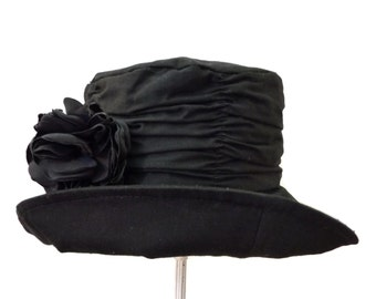 """Women's Cotton Cloche Hat in Black is Casually Elegant, and Ready for a Windy Day, Light Rain and Travel - """"WEATHER GIRL"""""""
