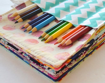 Colored Pencil Holders . Birthday Party Favors . Set of 15 . 12 Colored Pencils Included . Wedding Favors . Birthday Gift for Children