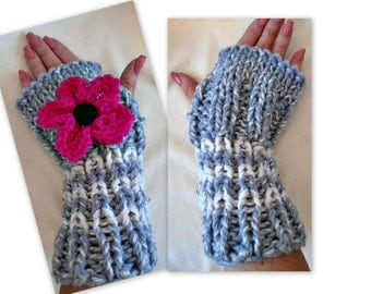 KNITTING PATTERN, Texting gloves, Fingerless gloves, KNIT flower,  Beginners  2 yrs to Adult large. teens, women, toddlers, baby, #934