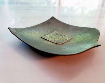 Hagenauer Werkstatte - small bronze dish or tray - WHW - coat of arms