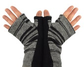 Men's Fingerless Mitts in Grey and Black Stripes - Recycled Wool - Fleece Lined