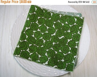 ON SALE Cloth Napkins Roses Green on Beige Set of 4