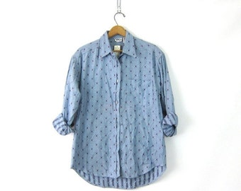 Vintage Embroidered button up shirt Blue Cotton southwestern baja shirt Womens Casual Preppy High Low Top Collared Shirt Size Medium