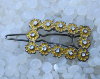vintage barrette,beautiful yellow daisy