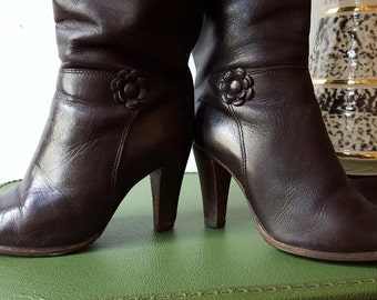 1970's 1980's Vintage Chocolate Brown Boots - Knee High - Women's - Size 6