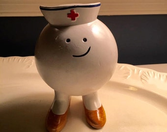 Vintage Enesco Nurse Bod Bank 1976 figurine