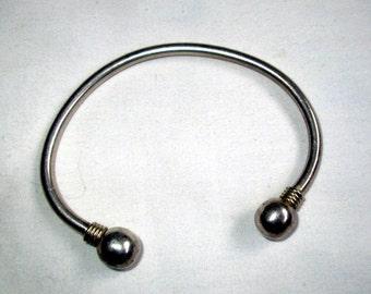 BRACELET -  BANGLE - CUFF -  sterling silver  - 925  - bracelet295