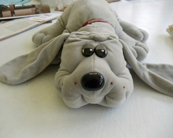 Original Pound Puppy in Gray