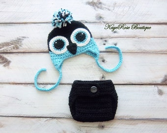 Newborn Baby Penguin Hat and Diaper Cover Set Teal and Black