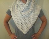 Beautiful Elegant Silky Beige Crocodile Stitch Triangle Shawl Wrap Over Sized  Scarf