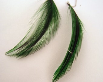feather earrings Short  green Badger