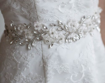 Wedding Gown Sash, Bridal Ribbon Sash, Crystal Bridal Sash, Crystal Ribbon Belt, Crystal lace Bridal Sash, Beaded Bridal Sash