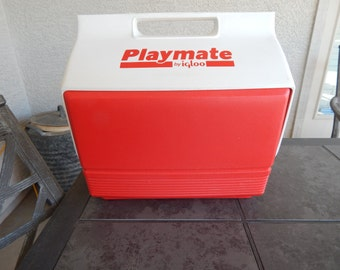 Vintage Playmate By Igloo Cooler Red