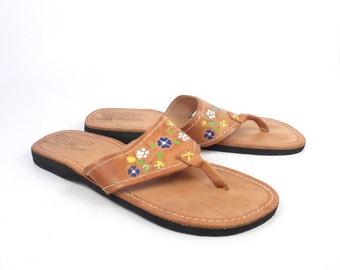 Brown Leather Sandals Vintage 1980s  Flip Flops Thongs Flower Stamped